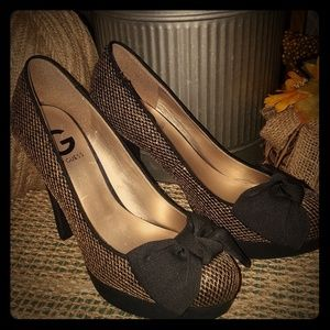 """G BY GUESS 5"""" Black Gold Shimmer Heels NWOB"""